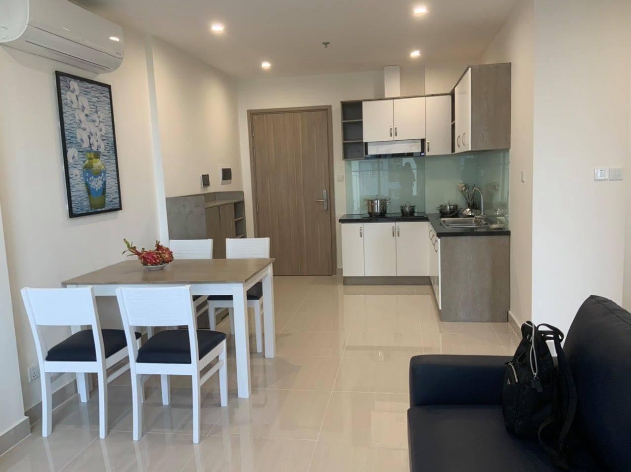 Cho thuê Căn hộ 2 phòng ngủ Vinhomes grand park có nội thất 6,3tr/tháng