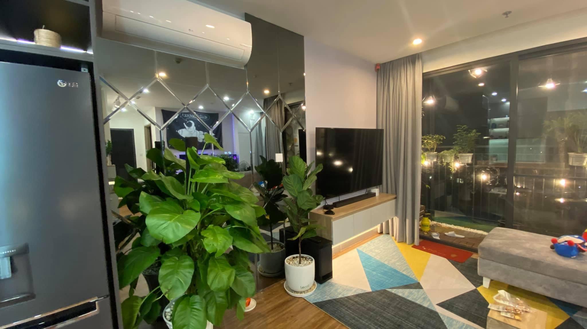 Căn hộ 2 phòng ngủ tầng 19 toà S2.02 Vinhomes Grand Park 8 triệu/tháng 9