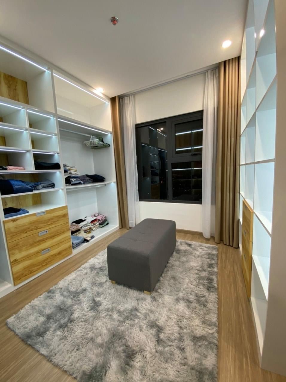 Căn hộ 3 phòng ngủ tầng 34 toà S5.03 Vinhomes Grand park cho thuê 10tr 4