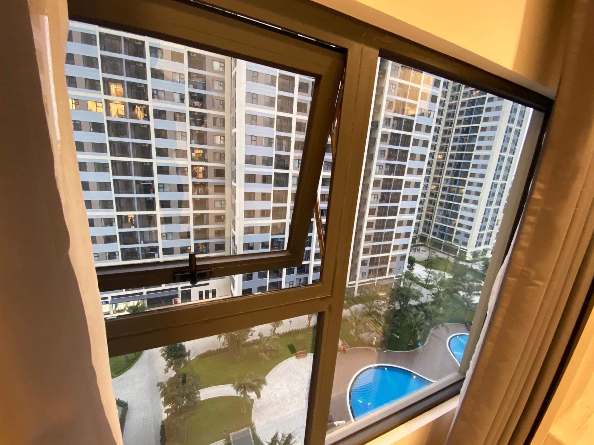 Căn hộ 1 phòng ngủ view hồ bơi tầng 16 toà S2.02 Vinhomes Grand Park 6